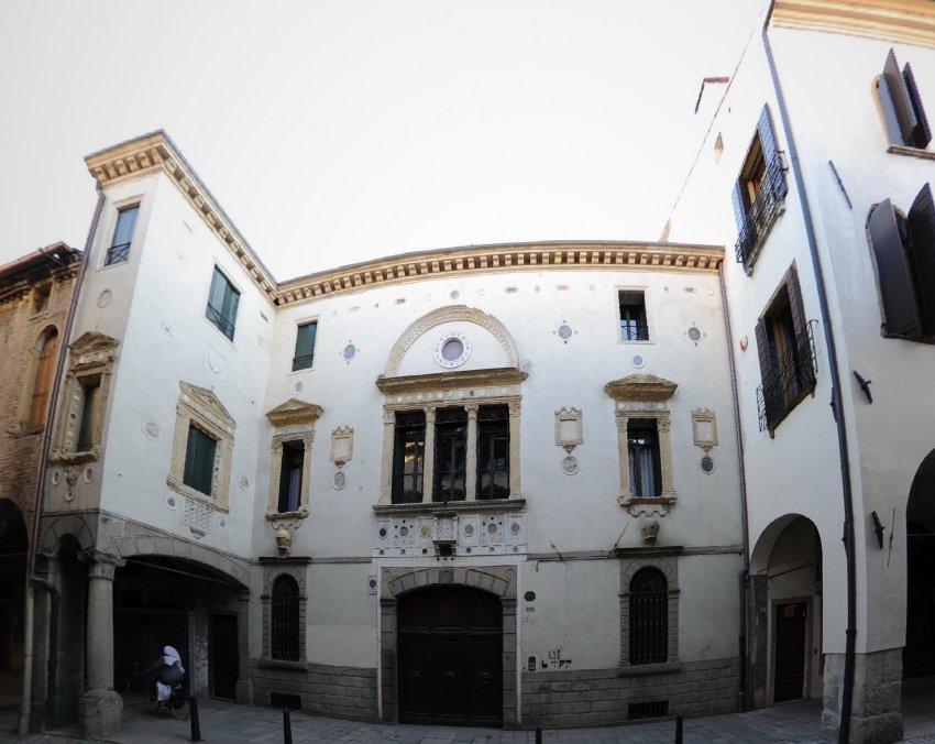 Padova immagini - Casa degli specchi ...
